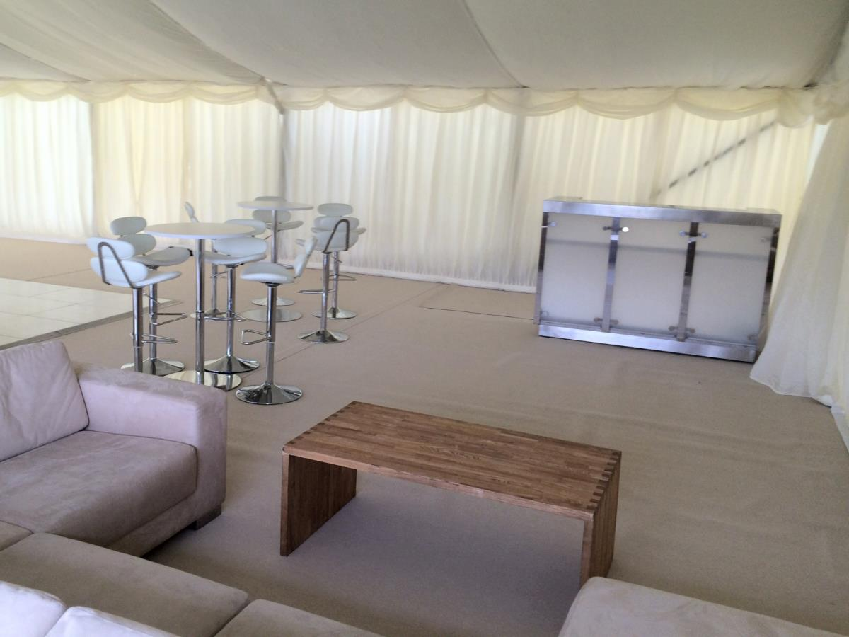 In addition to kitchens, we can also supply bar and hospitality equipment for private weddings and parties.